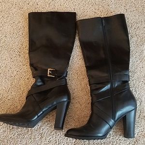 Under the knee High Size 8 Heel Boots